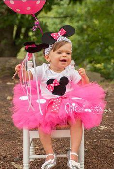 Minnie Mouse Tutu Baby Tutu and puff headband by ChicSomethings Disfraz Minnie Mouse, Minnie Mouse Rosa, Minnie Mouse Costume, Mickey Y Minnie, Minnie Mouse Birthday Theme, Minnie Mouse Clubhouse, Minnie Mouse Party, Second Birthday Ideas, Baby First Birthday