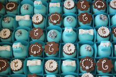 Breakfast at Tiffany's Bridal Shower Ideas Tiffany Blue Weddings, Tiffany Theme, Tiffany Party, Tiffany Wedding, Tiffany's Bridal, Bridal Shower, Fancy Cakes, Mini Cakes, Chocolates