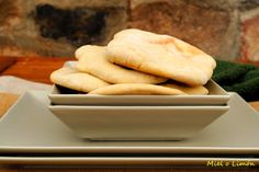 Miel o Limón: Pan de pita http://mielolimon.blogspot.com.es/2014/04/pan-de-pita.html