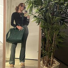 Chill Outfits, Cute Outfits, Tomboy Fashion, Fashion Outfits, Fall Winter Outfits, Everyday Fashion, Autumn Fashion, Clothes, Style
