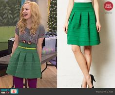 Liv's green skirt and grey floral beaded top on Liv and Maddie Girly Outfits, Modest Outfits, Pretty Outfits, Cute Outfits, Fashion Tv, School Fashion, Fashion Outfits, Liv Rooney, Dove Cameron Style