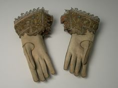 Glove National Trust Inventory Number 1180733 CategoryCostume Date1570 - 1630