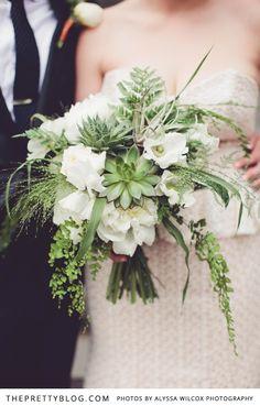 Ellen & Cory's late spring Seattle celebration | Real weddings | The Pretty Blog