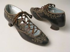 Shoes, Richard Phillips & Sons, Manchester: 1880-1890, kidskin leather bound with silk ribbon, beaded embroidery, lined in satin with leather soles.