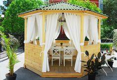 Kültéri, kerti terasz pergola függöny, árnyékolás  – ötletek a szabadban. 2016. Gazebo, Outdoor Structures, Garden, Kiosk, Garten, Pavilion, Lawn And Garden, Gardens, Cabana