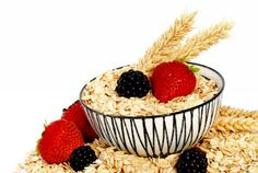 10 reasons why OATMEAL is one of the healthiest foods on the planet, plus 13 delicious oatmeal recipe ideas