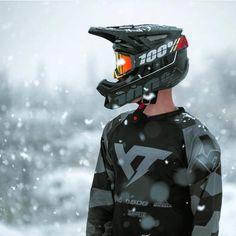 Ride through all conditions in your Aircraft Helmet and Racecraft Goggles. Honda Dirt Bike, Dirt Bike Gear, Mtb Bike, Motorcycle Bike, Motocross Outfits, Motocross Bikes, Bike Photography, Motocross Photography, Bike Humor