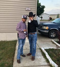Cute Mexican Boys, Cute Country Boys, Mexican Babies, Mexican Men, Cowboy Outfit For Men, Cute Cowgirl Outfits, Cowboy Boot Outfits, Charro Outfit, Chambelan