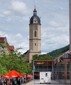 The view towards #Stadtkirche Sankt Michael in #Jena #Thuringia #Germany. #IgersJena #IgersThuringia #street #building #architecture #travel #tourism #tourist #leisure #life #IgersGermany #Deutschland #culture #art #church #history #tower