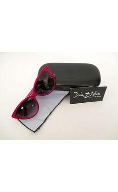 1950's Cat Eye Sunglasses--- Strawberry
