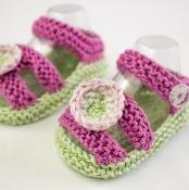 Baby Girl Summer Sandals - via @Craftsy