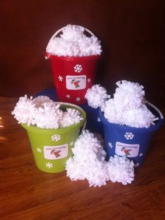 INDOOR SNOWBALL FIGHT! You could easily make this and bust it out at winter family gatherings.