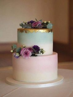 25 Pastel Wedding Cake For Spring And Summer - Hochzeitsessen - Kuchen Pastel Wedding Cakes, Pastel Cakes, Floral Wedding, Wedding Flowers, Wedding Dress, Green Wedding, Tier Wedding Cakes, Spring Wedding Cakes, Wedding Cake Gold