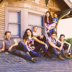 That's like....12 bucks a wank! — Shameless S4 Cast Photo (x)