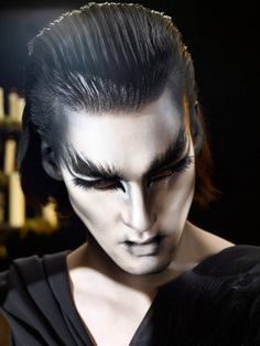Fantasy makeup allows a full range of creativity with your face designs. Explore fantasy makeup ideas and designs for women, men or children. Wolf Makeup, Makeup Art, Men Makeup, Makeup Ideas, Maquillaje Halloween, Halloween Makeup, Hd Make Up, Catwalk Makeup, Theatrical Makeup