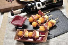 Brochetas de melón con jamón, queso y uvas   Cocina y Comparte   Recetas de Cocina al natural