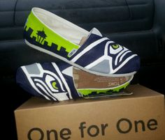 Way to show that Hawks pride! http://www.etsy.com/listing/172034693/seahawks-handpainted-shoes