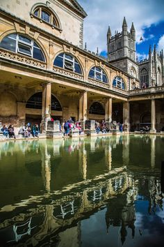 If you've never visited the ancient city of Bath in the UK, make beautiful Bath your summer destination!  Bath has history, architecture, beautiful views and nature, and most of all, it's renowned ancient Roman spas to keep you occupied for days.  Just a couple of hours from London, here are 20 photographs to show you why you should visit bath!