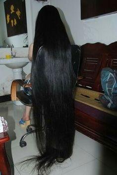 Beautiful Haircuts, Beautiful Long Hair, Gorgeous Hair, Long Hair Cuts, Long Hair Styles, Cut Photo, Super Long Hair, Long Locks, Dream Hair
