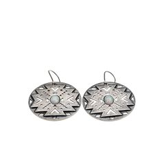 Avinas Jewelry Collection 2016 - Aztec earrings blackened silver - Modern and orignal ear studs Aztec Earrings, Ear Studs, Jewelry Collection, Creations, Enamel, Modern, Silver, Accessories, Jewelry Designer
