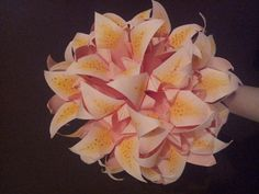 Tutorial for these origami lillies and everything else origami on this website <3
