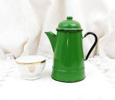 Antique Cafetière métal émaillé vert / Coffee Pot / Français Decor Country / Retro Vintage Home Interior / email / kitchenalia cuisine du gîte