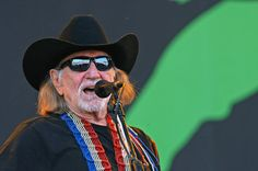Willie Nelson Photos Photos - Willie Nelson performs live at the Glastonbury Festival of Contemporary Performing Arts. REF: 11559 LNJ. - Willie Nelson performs live at the Glastonbury Festival