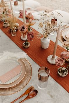 Modern desert wedding inspiration at The Willow House in West Texas. Sculptural terracotta arches for a unique ceremony backdrop. Design and styling by Mae&Co Creative // Autumn Wedding, Rustic Wedding, Our Wedding, Dream Wedding, Wedding Desert, Wedding Pins, Wedding Ideas, Wedding Quotes, Bodas Boho Chic