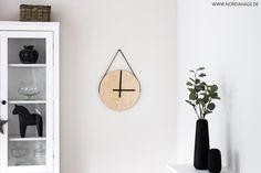 Holzuhr aus IKEA Frosta Hocker / DIY wooden clock | ★ NORDAHAGE