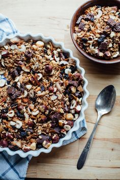 bohemian dream gift granola (coconut, cherry, hazelnut and hemp chocolate) | will frolic for food.