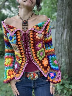 Boho Granny square Sweater Jacket - Best Picture For outfits vestidos For Your Taste You are looking for something, and it is going t - Crochet Coat, Crochet Jacket, Crochet Cardigan, Crochet Granny, Crochet Shawl, Crochet Clothes, Hippie Top, Mode Hippie, Boho Chic
