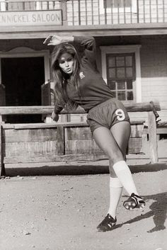 American actress Raquel Welch on the Spanish set of the western 'Hannie Caulder', directed by Burt Kennedy, She is wearing a number 9 Chelsea Football Club (CFC) strip. Chelsea Fc, Chelsea Football Club, Chelsea Girls, Raquel Welch, Jane Birkin, Rita Hayworth, Sophia Loren, Terry O Neill, Illinois