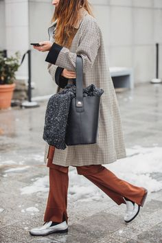 Bonjour de Paris! Die schönsten Street-Styles der Pariser Fashion Week - Vogue.de
