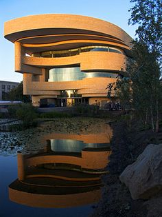 National Museum of American Indian. Architect: Douglas Cardinal
