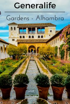 Before visiting the Alhambra I did not know too much about it. I was aware that it was a must see destination in Granada and I roughly knew that it was a Moorish Castle that had some sort of ties to the famous English Queen Katherine of Aragon. What I did not know was the Generalife gardens were amazing in their own right and that I would be completely blown away by its beauty.