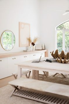 The Hinterland Hideaway - House 10 Studio, Decor, Office Styling, White Interiors, Home Office Country Look, Modern Mediterranean Homes, Three Birds Renovations, Home Office Decor, White Home Decor, Office Furniture, Interiores Design, Hygge, Decoration