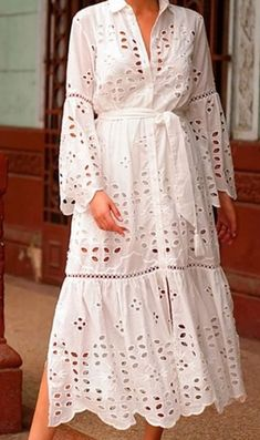 Lace Dress Styles, Lovely Dresses, African Attire, African Dress, White Outfits, Pretty Outfits, Casual Dresses, Fashion Dresses, Haute Couture Fashion