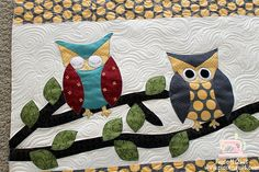 Close up of owl quilt.