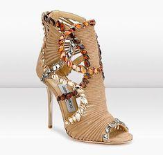 Pantofi de Lux –  Jimmy Choo, Christian Louboutin, Louis Vuitton, Gucci si Manolo Blahnik