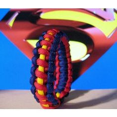 Super Heros paracord bracelets. Suprise your son or grandson or bring out the kid in you. Wear your favorite Super Hero to Comicon or