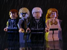 Flickr user Legohaulic, also known as Tyler, has commissioned a set of Blade Runner figurines.