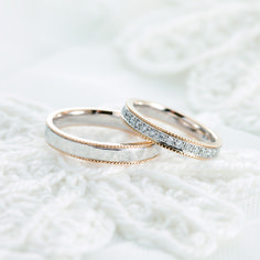at crème+crème. Each full order engagement or marriage rings has original stories of bride and groom. They are only one in the whole world. Most of the rings has made from 18 carat gold, platinum, titanium. Made in JAPAN.    フルオーダーマリッジリング フルオーダー&ハンドメイドで、それぞれにおふたりだけのストーリーが表現されています♪  ©2015. crème+crème All Rights Reserved