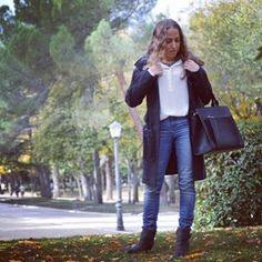LOOK  Me encanta el collar que os enseño hoy, me lo compré para la boda que tuvimos en septiembre y no me lo quito… www.ideassoneventos.com #ideassoneventos #imagenpersonal #imagen #moda #ropa #looks #vestir #wearingtoday #hoyllevo #fashion #outfit #ootd #style #tendencias #fashionblogger #personalshopper #blogger #me #lookoftheday #streetstyle #outfitofday #blogsdemoda #instafashion #instastyle #currentlywearing #clothes #fashiondiaries #collartrenzado