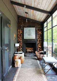 "Similar to what Southerners call a ""Lean To"" style of Porch..."