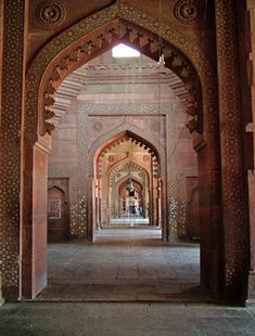 Jama Masjid was constructed in century and is believed to be the building constructed in Fatehpur Sikri complex Pakistan Travel, India Travel, Jaipur Travel, India Trip, Beautiful Buildings, Beautiful Places, Amazing Places, Chittorgarh Fort, Mughal Architecture