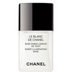 Une base lumière universelle, qui prépare, sublime et prolonge l'éclat et la tenue du maquillage. Elle floute les imperfections et atténue l'apparence des pores. Une texture fluide, onctueuse, lumineuse, transparente.   Résultat : le teint est sublimé. Éclatant.   Adapté à tous les...