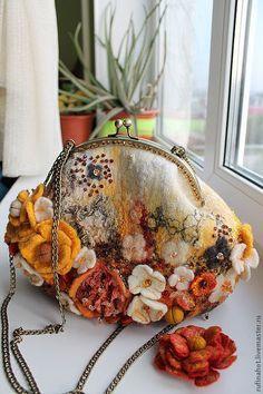 Купить Сумка валяная. Цветочная россыпь - сумка, женская сумка, валяная сумка, желтый, оранжевый