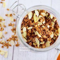 Bom dia! ☀️😍💕✨Vim desejar um excelente final de semana pra você com essa granolinha caseira incrível!  Tem receita no canal EMAGRECER CERTO 🎥
