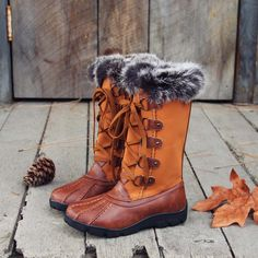 Ice & Spruce Snow Boots: Alternate View #1