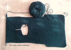 Con hilos, lanas y botones: DIY jersey con capucha para bebé paso a paso (patrón gratis) Baby Knitting Patterns, Knitting Designs, Hand Knitting, Baby Kimono, Types Of Jackets, Baby Vest, Fashion Sewing, Knitted Hats, Winter Hats